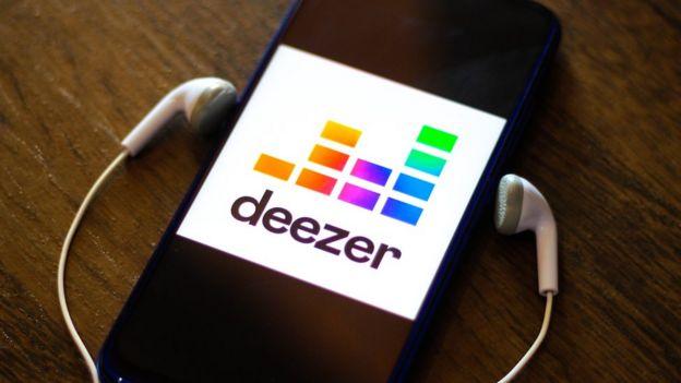 Deezer app on a smartphone